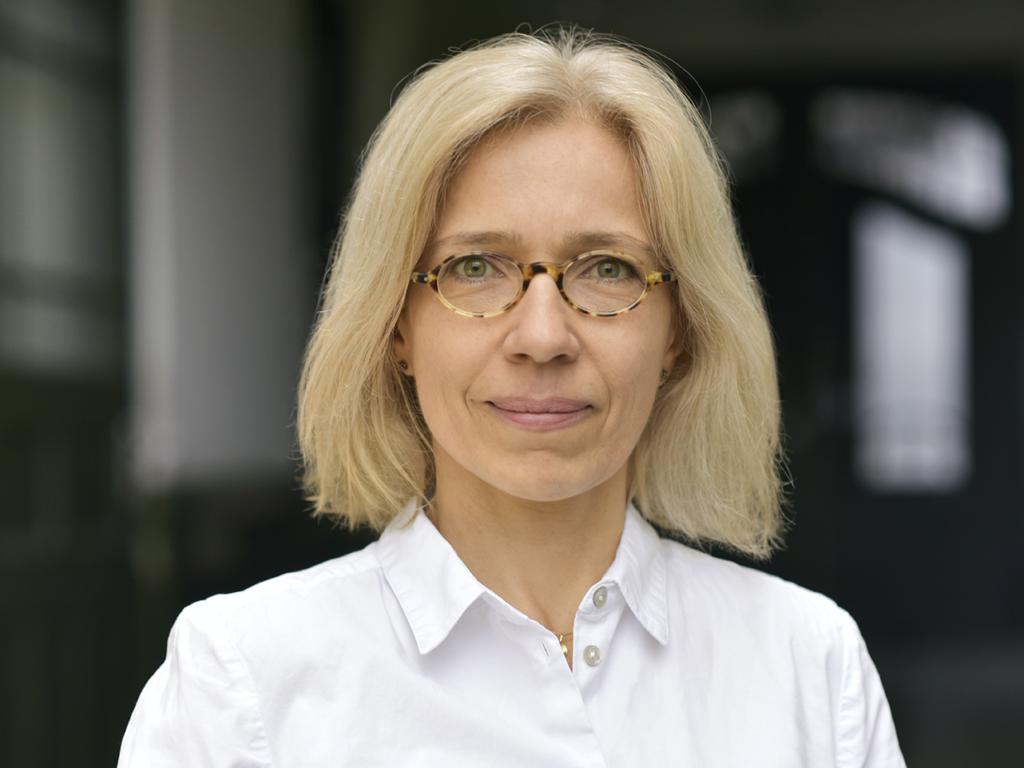 Portraitfoto von Evelyn Müller